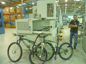Hope PR 2 Lindley Pate with WY100 and bikes
